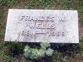 grave-frances-small