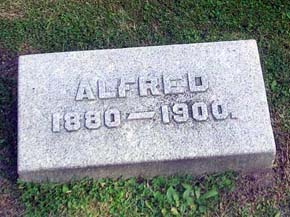 grave-alfred-small