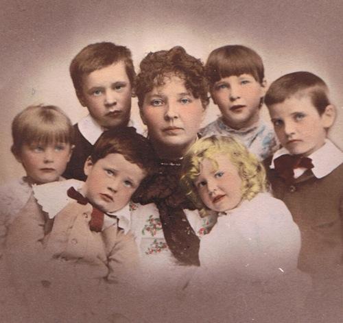 isabella-and-children